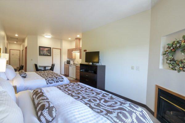 Queen Suite Beds